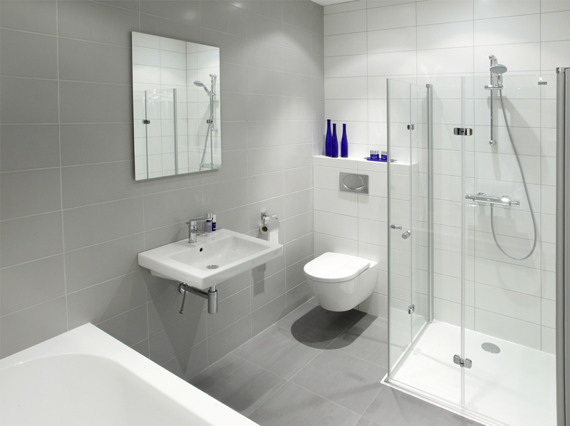 Kleine badkamer showroom kleine for Badkamer laten ontwerpen