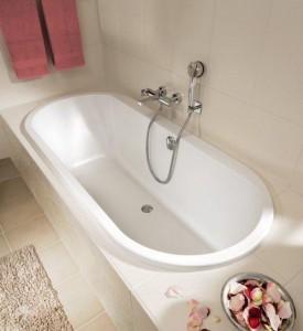 een ovaal bad vs een recht bad kleine. Black Bedroom Furniture Sets. Home Design Ideas