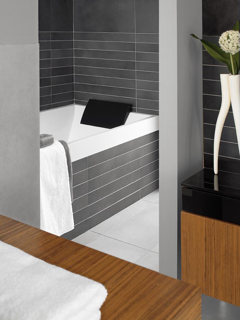 Kleine badkamer met Villeroy en Boch sanitair - Kleine badkamers.nl