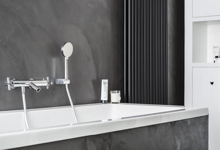 Kosten Badkamer Baderie : Betonstuc baderie kleine badkamers