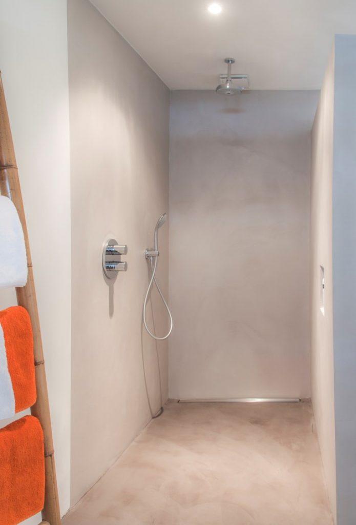 douche-betonstuc - Kleine badkamers